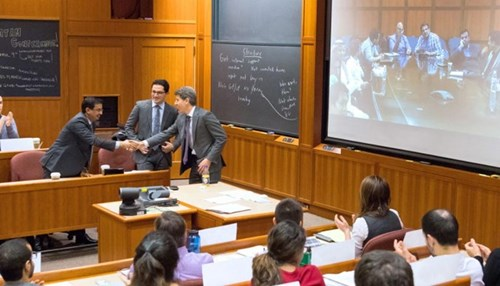 Harvard Business School MBA Class Discusses Saudi Aramco Energy Ventures